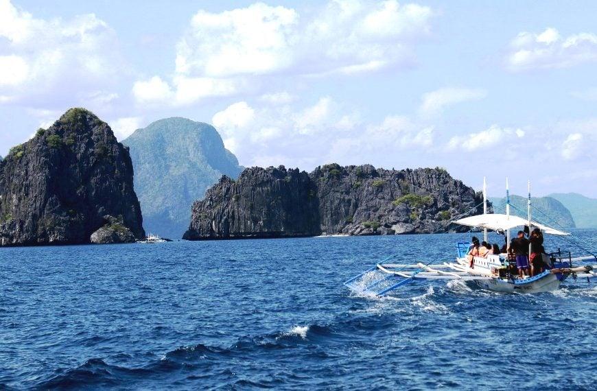 Sang Philippines du lịch: vẫy vùng trên biển El Nido