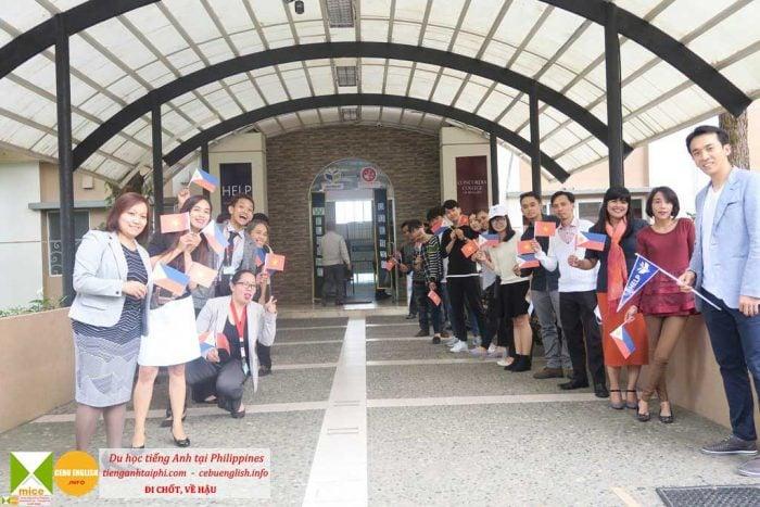 trại hè philippines 2020 HELP